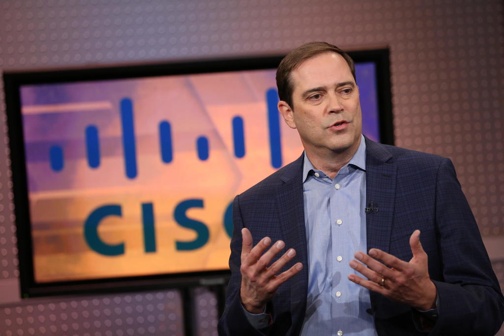 Cisco CEO sees a hybrid model in the future post-pandemic workplace via _eu COVID-19 HayverGuard hybrid workfromhome